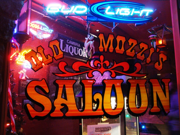 Saloon en Cambria